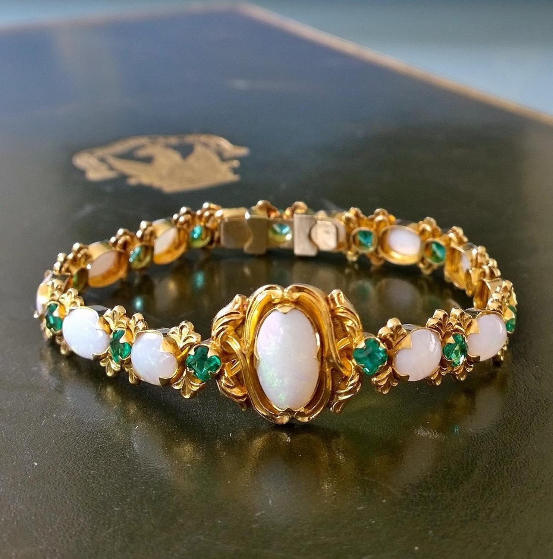 Opal and emerald bracelet