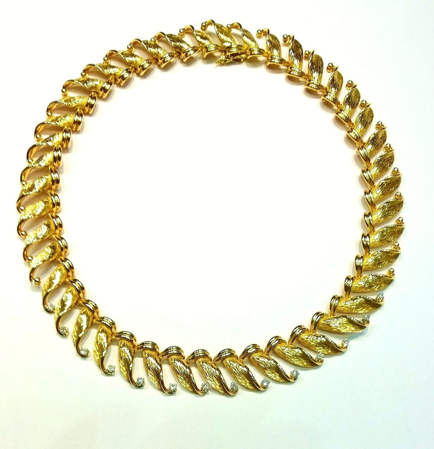 18ct gold and diamond collar