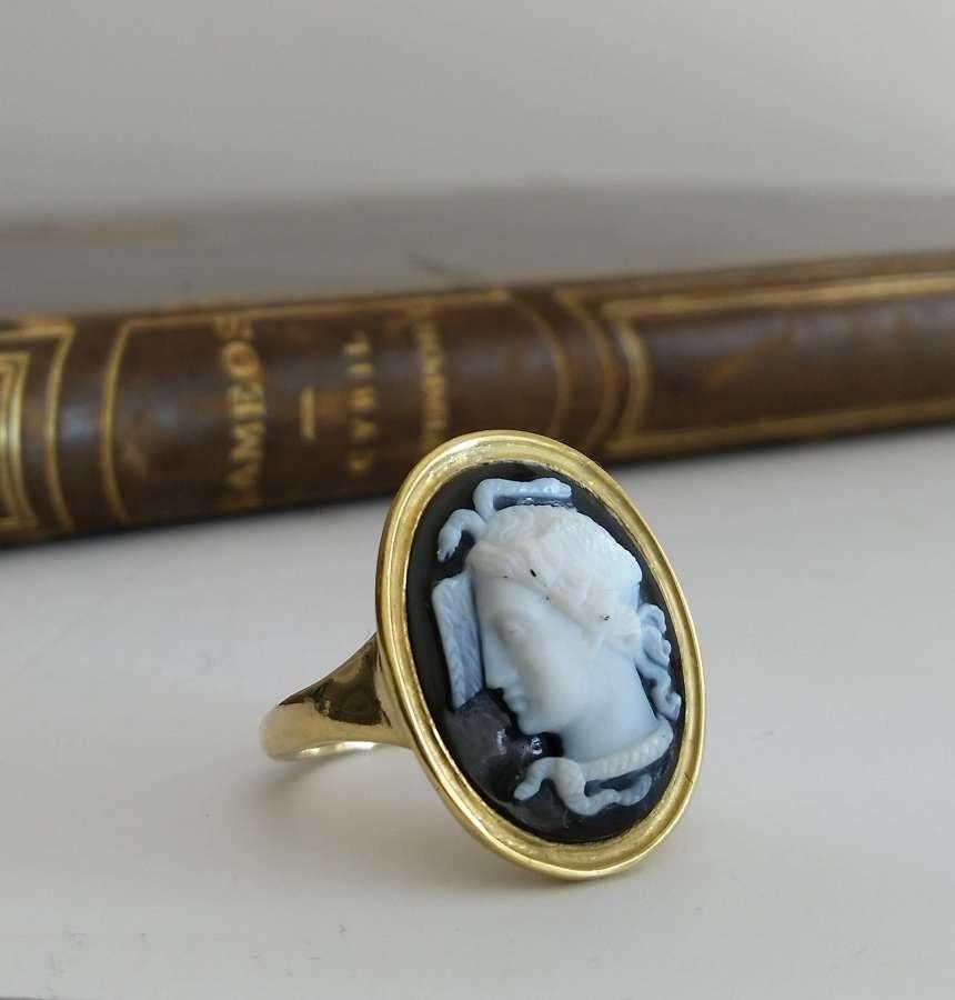Hardstone Medusa cameo ring